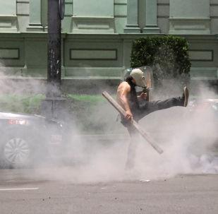Protesty w Tbilisi