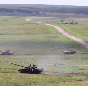Wielkoskalowe ćwiczenia czołgowe pod Czelabińskiem