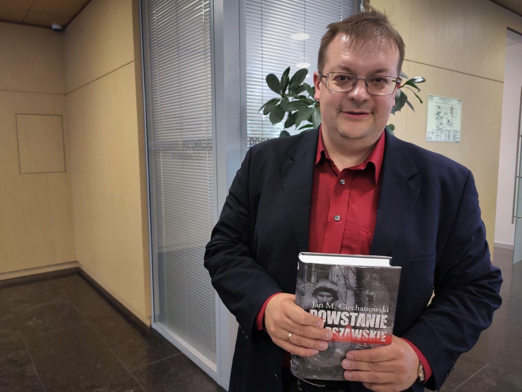 Historyk Aleksiej Isaew z książką o Powstaniu Warszawskim