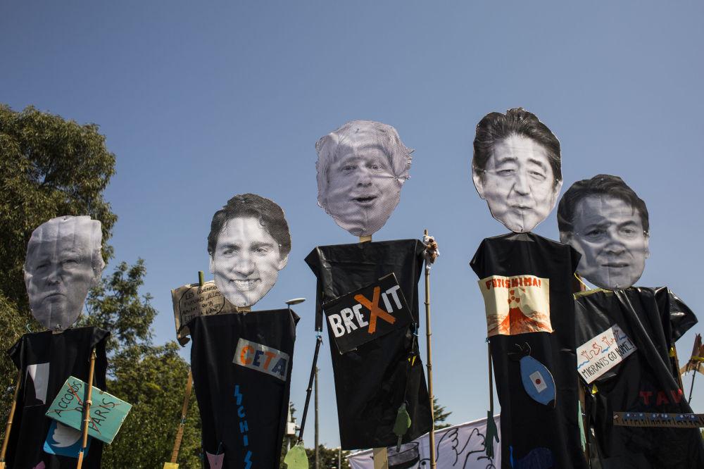 Protesty przeciwko szczytowi G7 we Francji