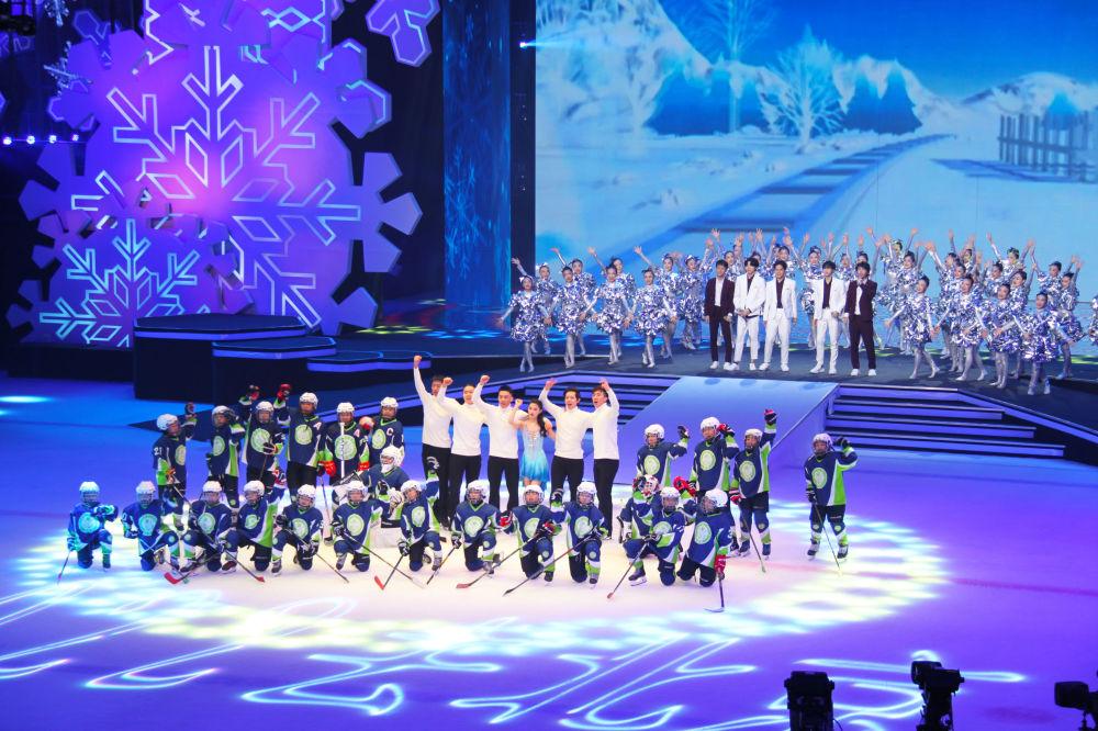 Prezentacja oficjalnych maskotek igrzysk olimpijskich i paraolimpijskich w Pekinie