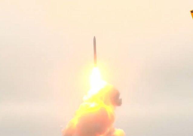 Rosja: Ministerstwo Obrony pokazało film ze szkolenia bojowego Topol-M