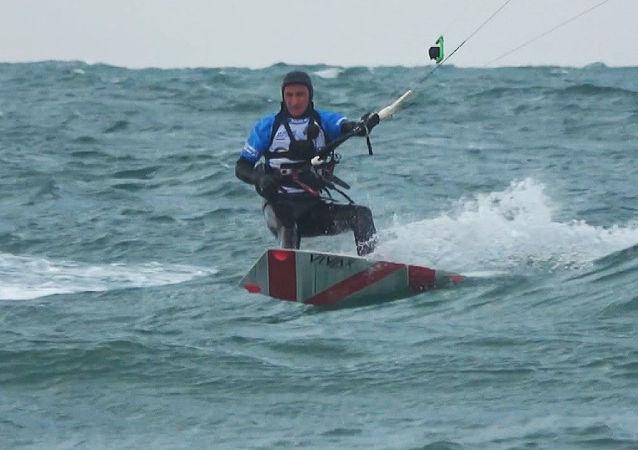 Nowy rekord w kitesurfingu.