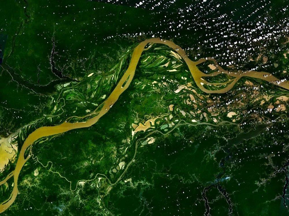 Rzeka Amazonka widziana z kosmosu