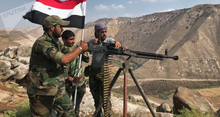 Syryjska armia ustawiła flagę narodową na południowym zachodzie prowincji Dara na granicy z Jordanią. Syryjska armia zakończyła operację wyzwolenia prowincji Dara.