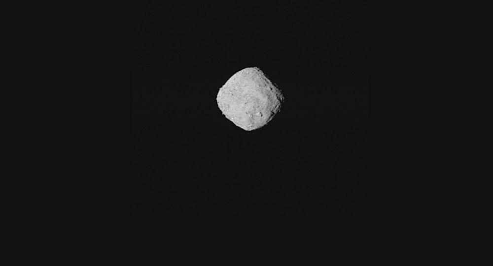 Zdjęcie asteroidy Bennu opublikowane przez NASA