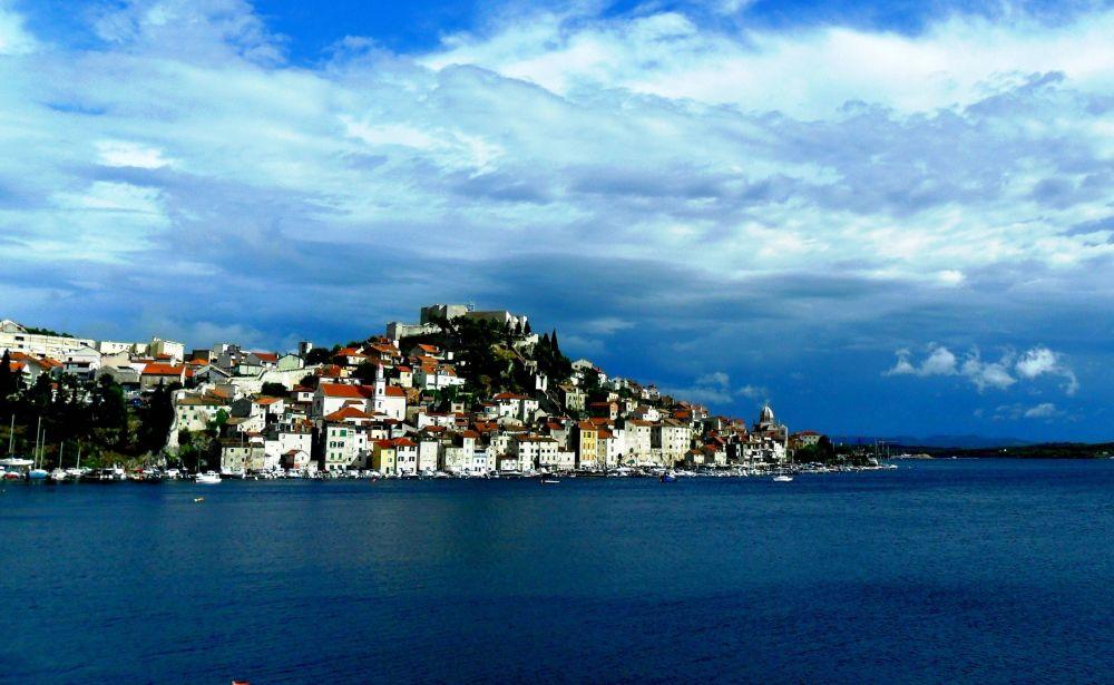 Szybenik – historyczne miasto w Chorwacji