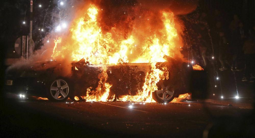Zamieszki w Londonderry w Irlandii Północnej