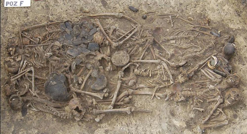 Szczątki prehistorycznych ludzi, zamordowanych ok. 5 tys. lat na terenie Polski