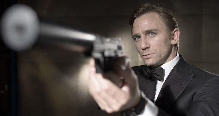 Daniel Craig jako James Bond w Casino Royale