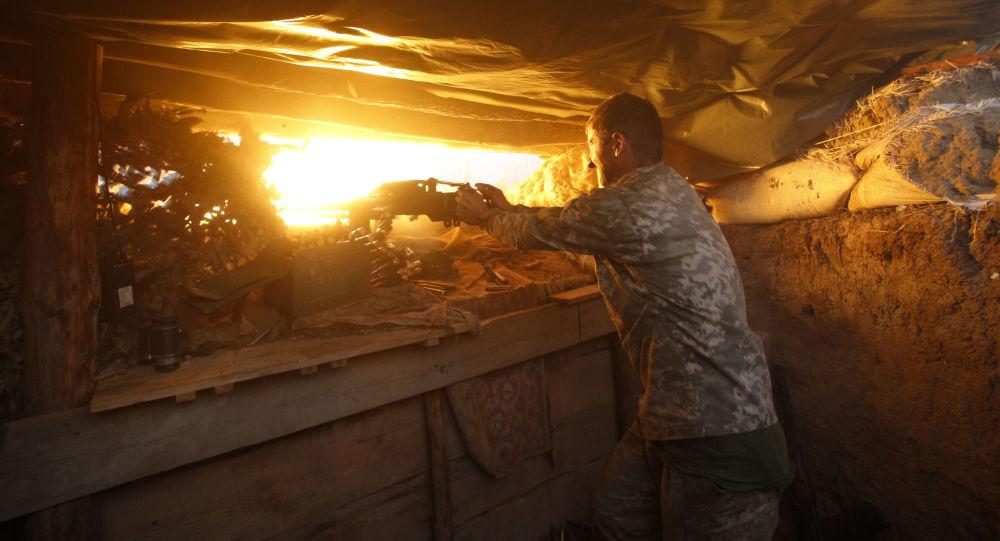Ukraińskie wojska ostrzeliwują pozycje powstańców