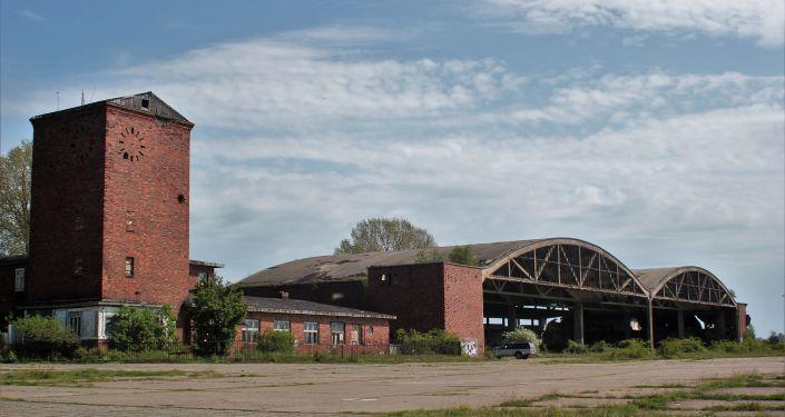 Porzucone hale dla hydroplanów zbudowane przez Trzecią Rzeszę w 1939 roku