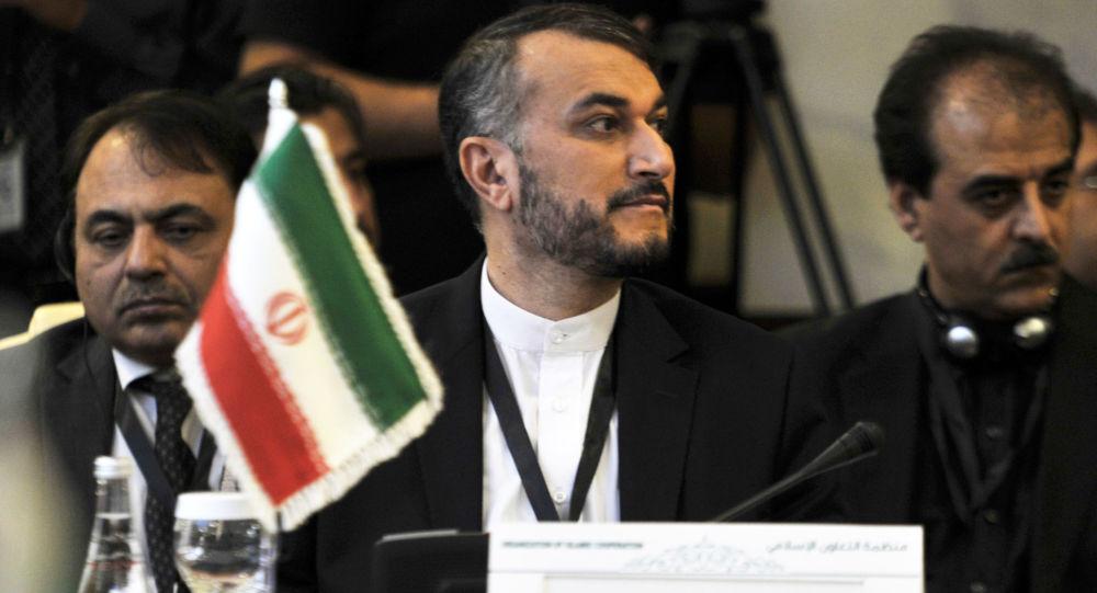 Wiceszef MSZ Iranu Hossein Amir Abdollahian podczas posiedzenia