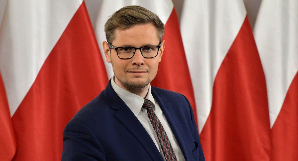 Minister do spraw pomocy humanitarnej Michał Woś