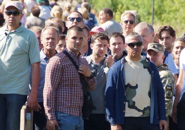 Donald Tusk i Wołodymyr Zełenski w Donbasie
