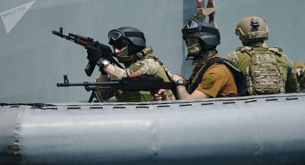 Wojskowi ćwiczą działania w razie przejęcia statków na Morzu Czarntm w ramach międzynarodowych manewrów NATO Sea Breeze - 2019