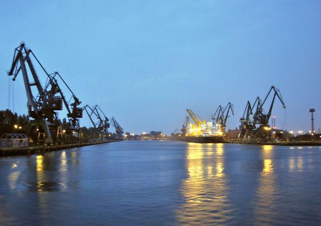 Gdańsk Przeróbka. Port Gdańsk - Basen Górniczy