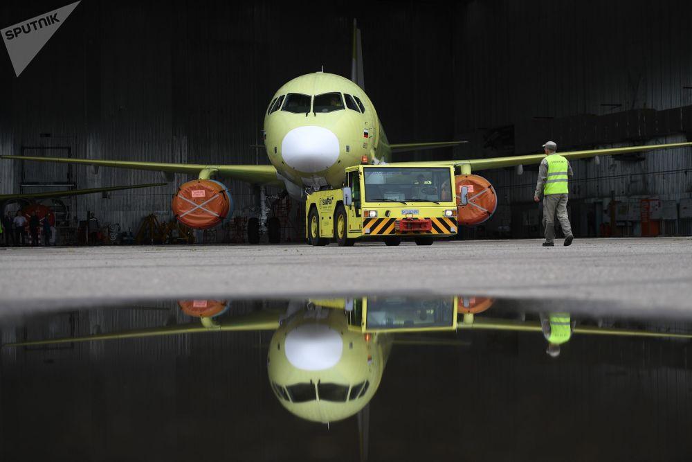 Jak się buduje samoloty Sukhoi Superjet 100 w Komsomolsku nad Amurem