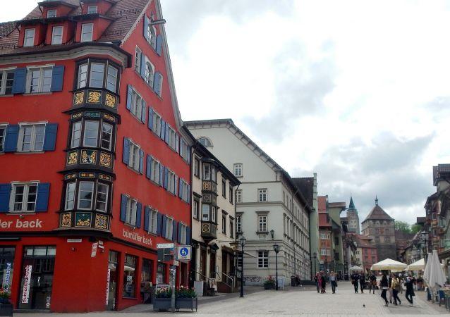 Widok na deptak niemieckiego miasta Rottweil