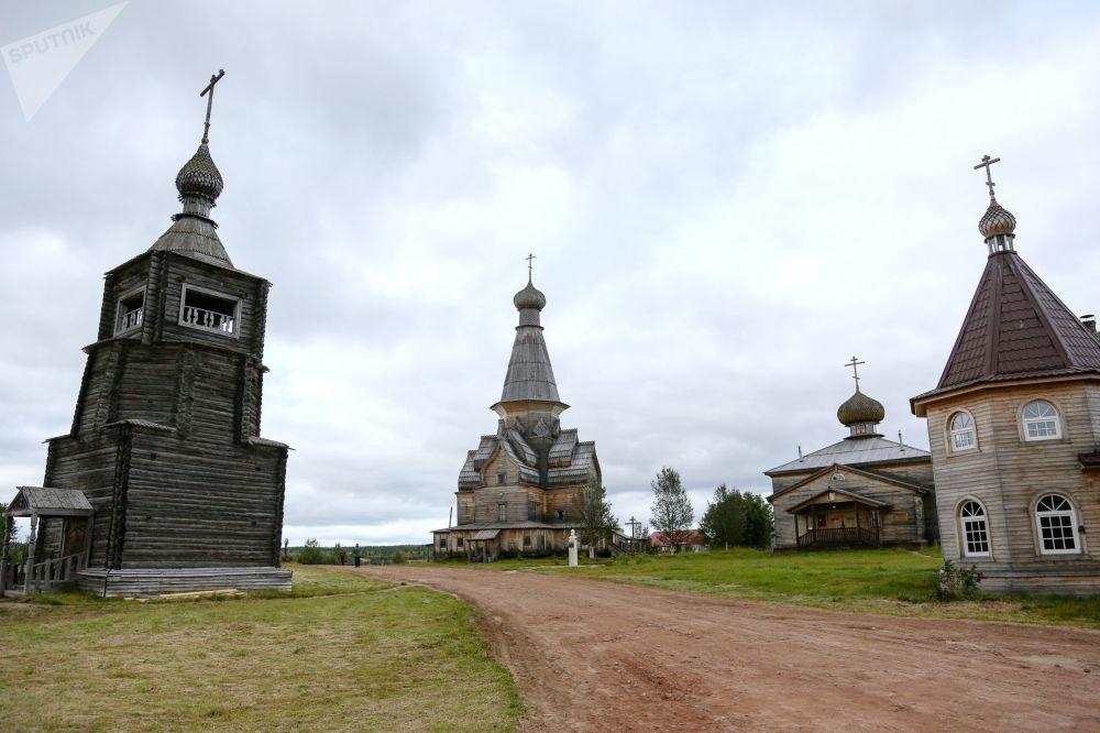 Wieś Warzuga w obwodzie murmańskim