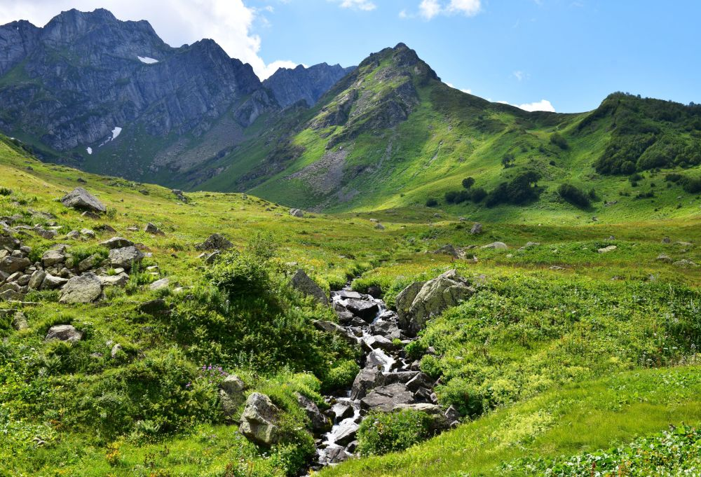 Uroczysko w zachodnim Kaukazie, Abchazja