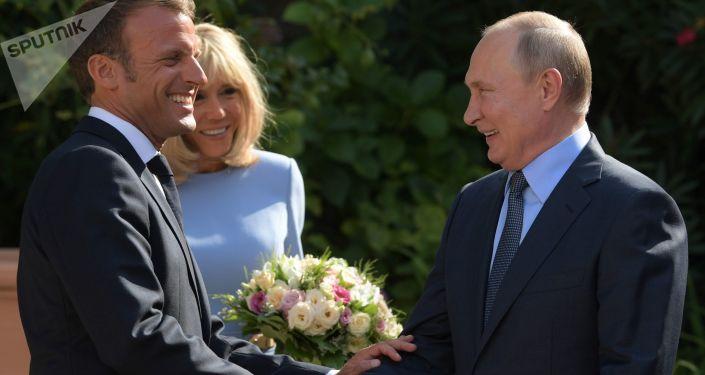 Spotkanie prezydenta Francji i prezydenta Rosji