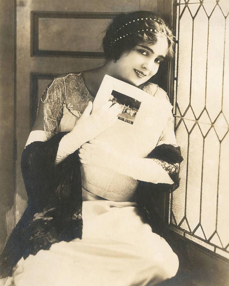 Aktorka niemego kina Alice Joyce.