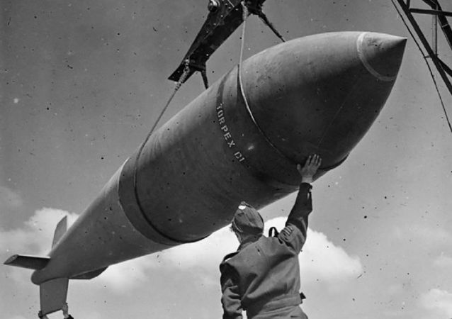 """Brytyjska bomba """"Tallboy"""