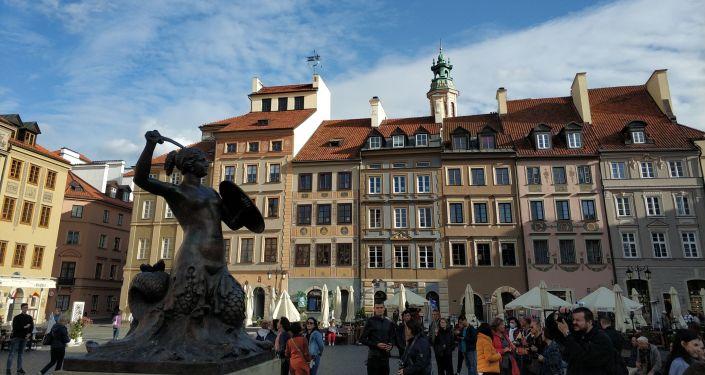 Syrena na warszawskiej Starówce