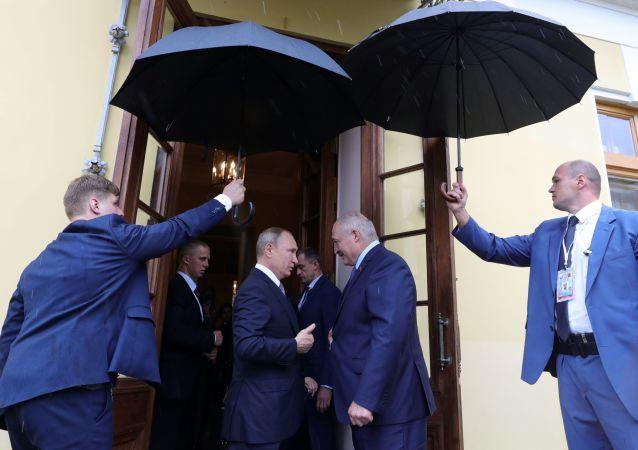 Władimir Putin i Alaksandr Łukaszenka