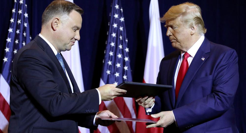 Prezydenci USA i Polski Donald Trump i Andrzej Duda podczas rozmów