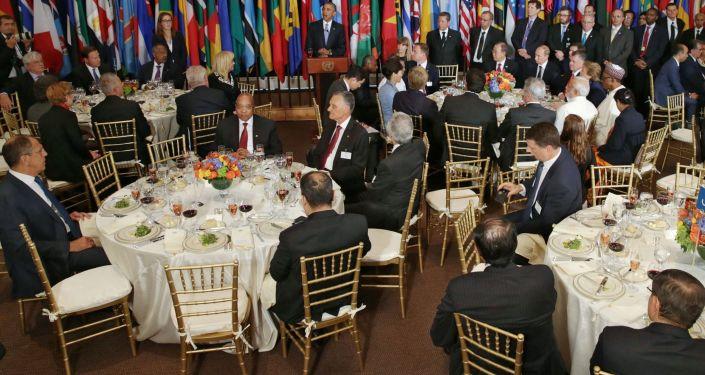 Oficjalne śniadanie w imieniu Sekretarza Generalnego ONZ Ban Ki-moona na cześć szefów delegacji biorących udział w 70. sesji Zgromadzenia Ogólnego ONZ w Nowym Jorku