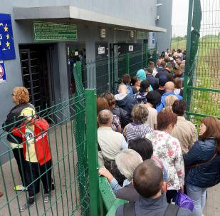 Ukraińcy na przejściu granicznym z Polską