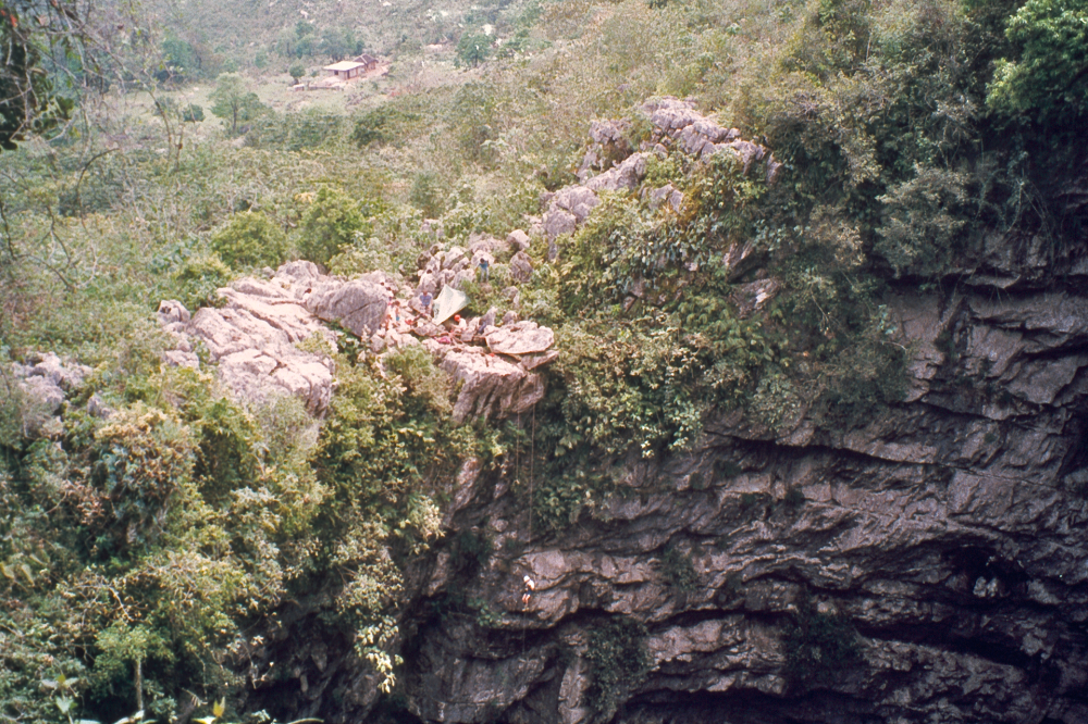 Jaskinia Jaskółek w Meksyku