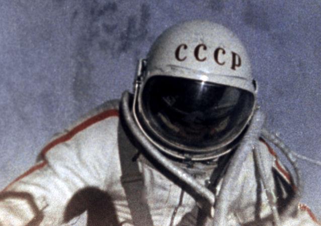Radziecki kosmonauta Alieksiej Leonow