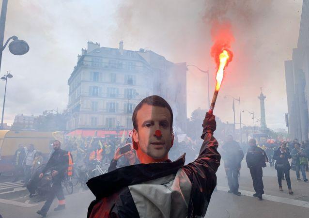 Manifestacja w Paryżu