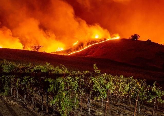 Pożary w Kalifornii, październik 2019