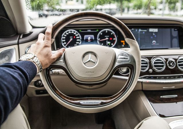 Wnętrze samochodu Mercedes
