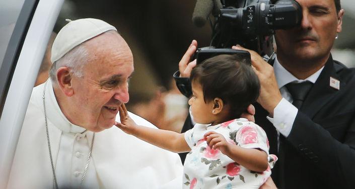 Papież Franciszek podczas mszy w Filadelfii