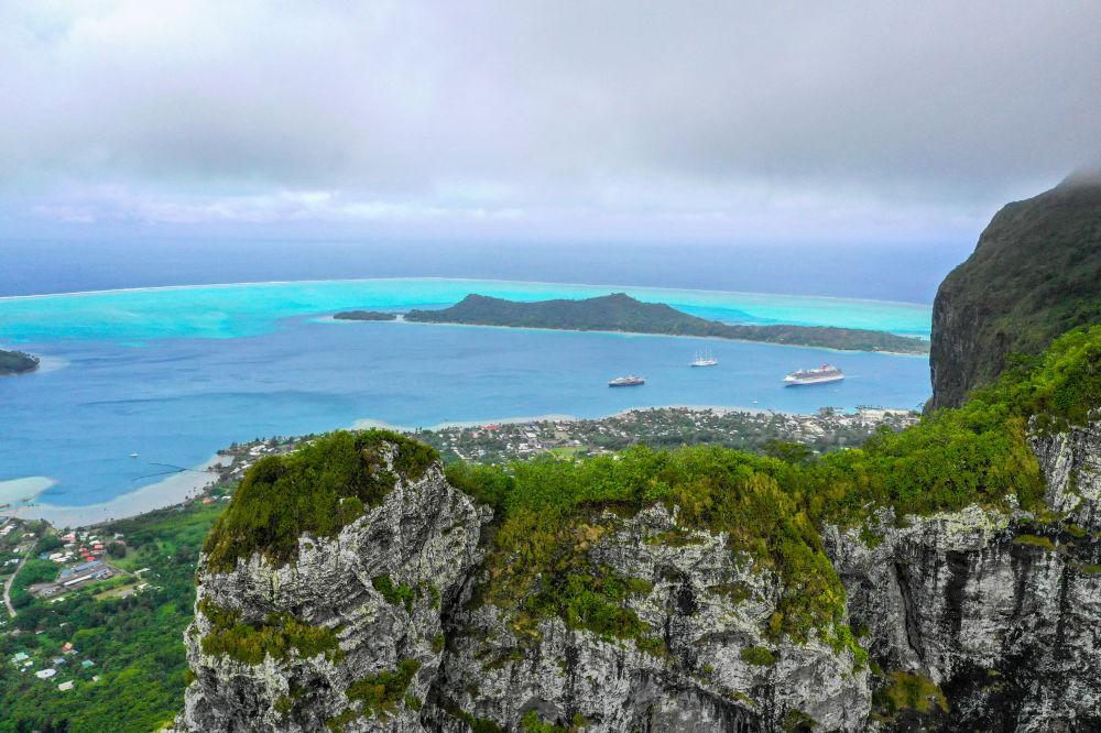 Widok na wyspę Bora-Bora