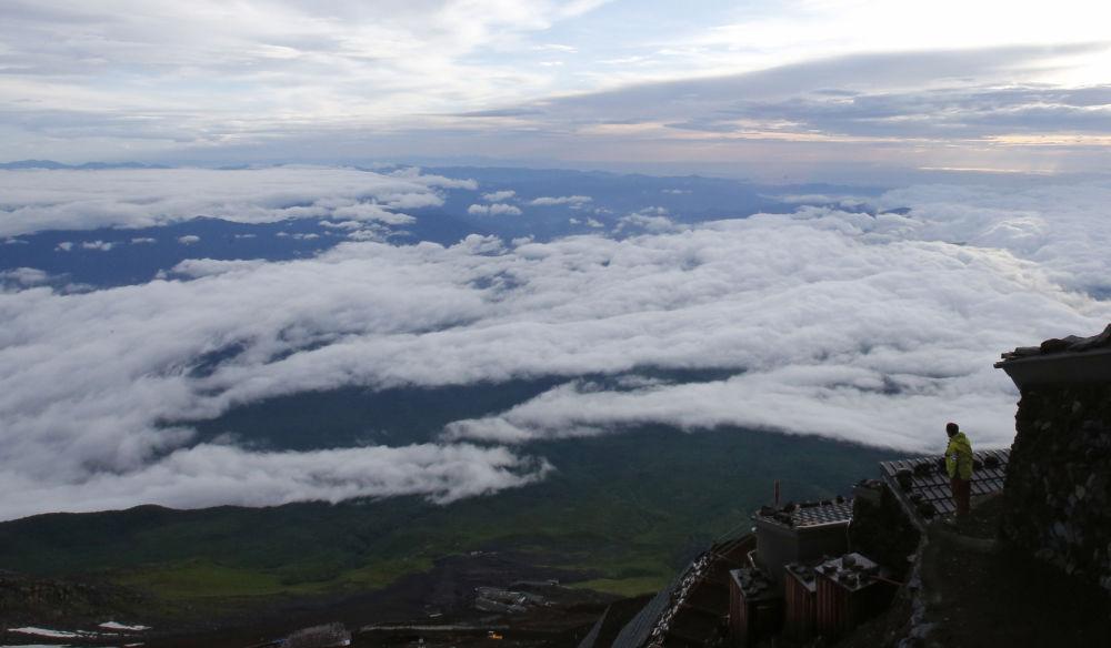 Widok na krajobraz z góry Fuji w Japonii