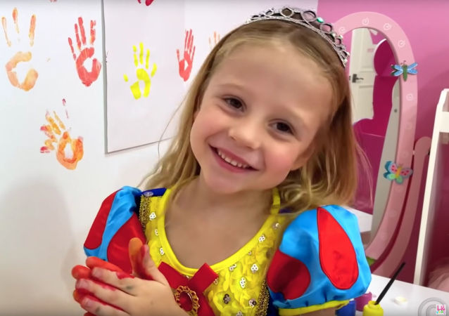 5-letnia blogerka z Krasnodaru Nastia Radzinska