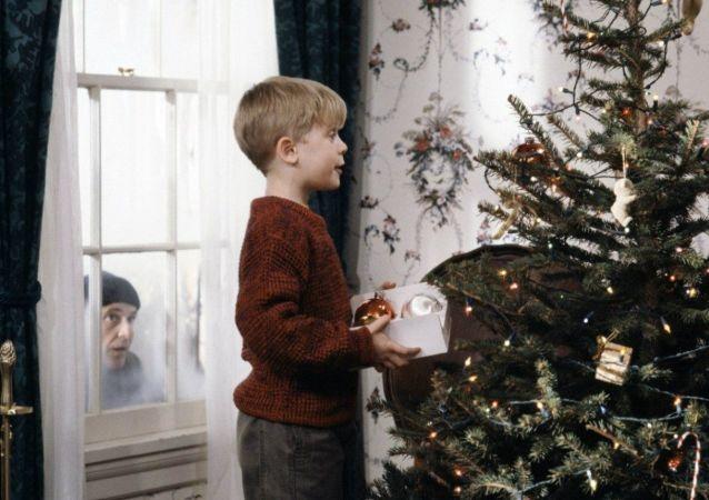 """Kadr z filmu """"Kevin sam w domu"""""""