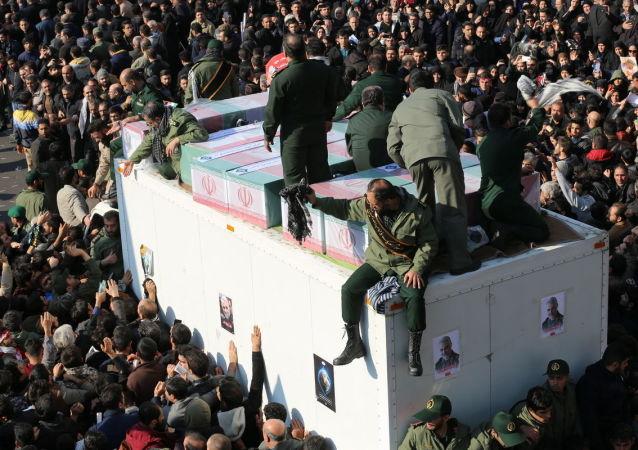 Marsz żałobny po pogrzebie Kasema Sulejmaniego