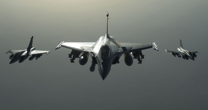 Wielozadaniowe samoloty myśliwskie Rafale francuskich sił powietrznych