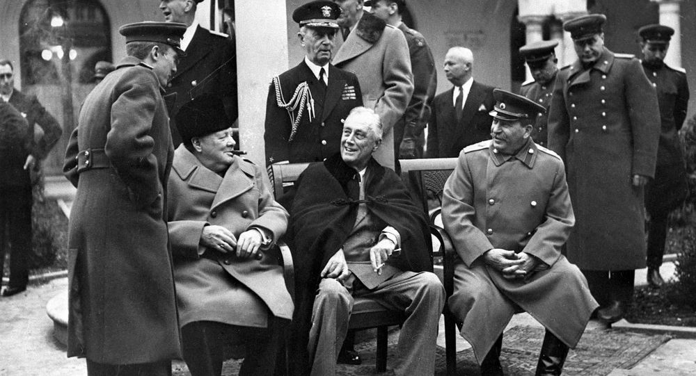 Winston Churchill, Franklin D. Roosevelt i Józef Stalin w Jałcie