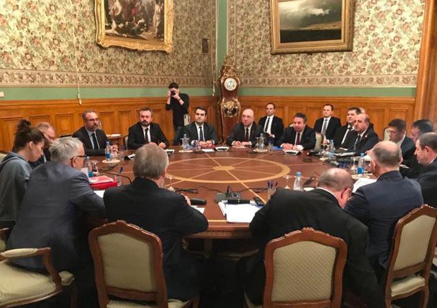 W Moskwie odbyły się rozmowy rosyjskiej i tureckiej delegacji poświęcone sytuacji w Syrii