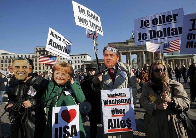 Niemcy protestują w Berlinie przeciwko zawarciu TTIP