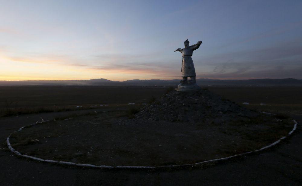 Pomnik Arata nedaleko miasta Kyzył w Tuwie