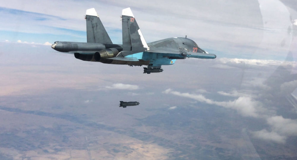 Su-34 nad Syrią